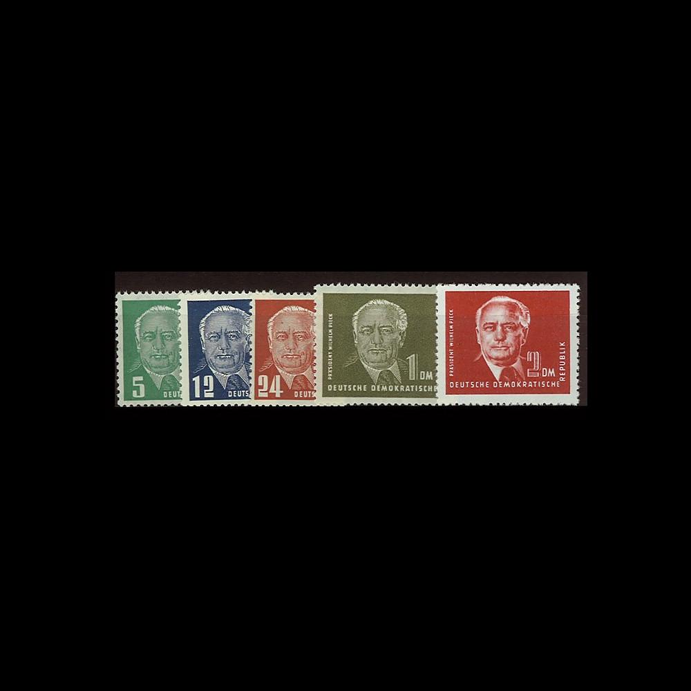 DDR69-72A : 1952 - 5 valeurs 'Wilhelm Pieck